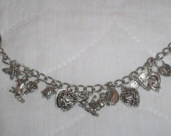 Bracelet metal charm