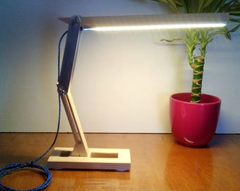 desk lamp design in wood and aluminum