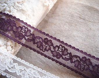 Binding lace soft purple color