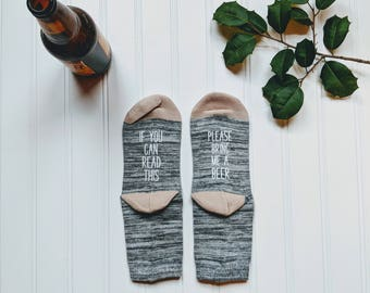 Beer socks for women, If you can read this bring beer, stocking stuffer for her,If you can read this socks. Gift for wife, beer lover gift.