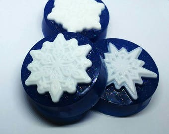 Christmas Soap Bar - Original Christmas gift - Secret Santa gift - Snowflake soap - Soap to give away - Unisex soap - Snow soap- Winter soap