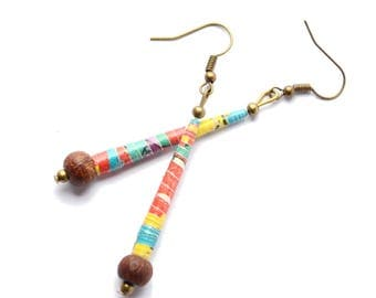 Ethnic earrings in recycled paper