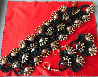 Tatting jewel in strong nylon with pearls
