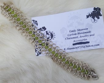 Chainmail bracelet with lime green Swarovski crystals