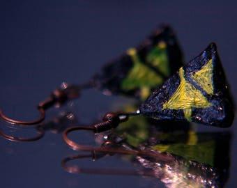 Pyramid earrings - hanging