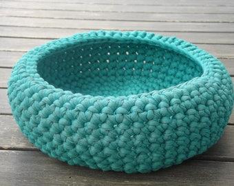 Turquoise, violet basket