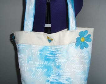 Pretty pastel color cabat bag!