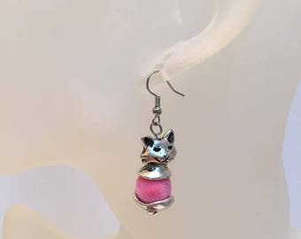 Silver cat and duvetuse Pearl Earrings pink