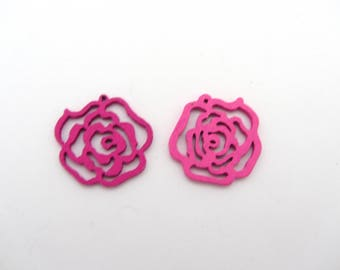 Set of two pink flowers wooden beads