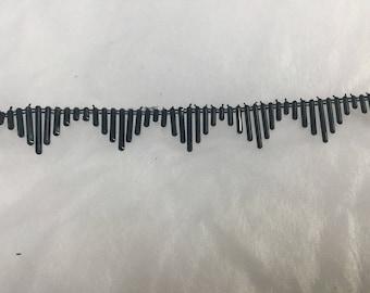 Ribbon black stick pearls