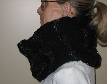 Great black and silver wool snood