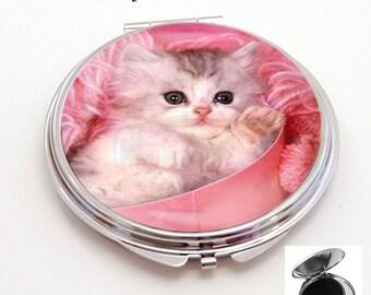 resin cabochon, pretty little kitten, Pocket mirror