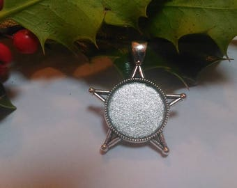 Antique silver 20mm star pendant