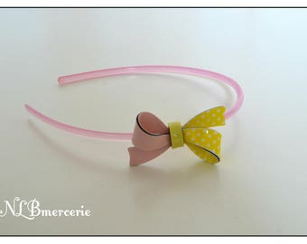Beautiful pale pink headband one size fits for child