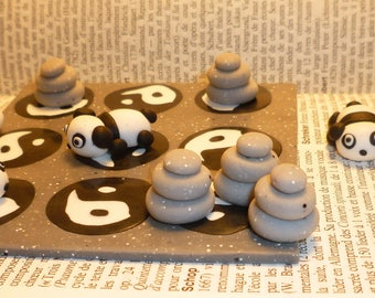 Personalized Tic Tac Toe game: animals, treats, flowers