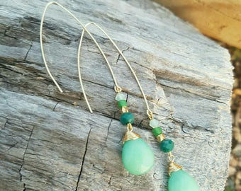 Earrings adorned with Swarovski® crystals and Jade stone