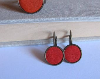 Set earrings sleeper, orange leather ring