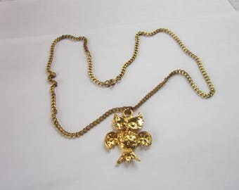 Retro Funky Gold Tone Necklace with Owl Spreading Wings Cute