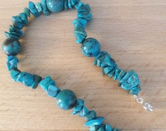 Bracelet with turquoise beads