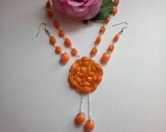 Set necklace earrings, glass beads, spring summer 2018, orange