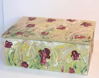 Box with the acrylic knife painting - various colors