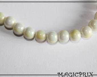 SET of 80 white Ø 8 mm m2388 & Pearly yellow glass beads