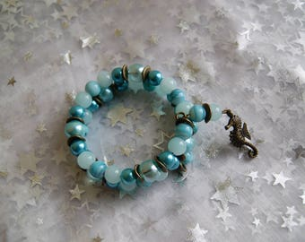 Seahorse and turquoise memory Wire Bracelet