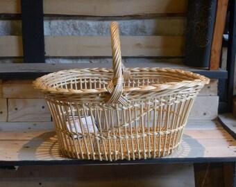 "Wicker basket with Central hance ""Matt"" 3"