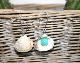 Seashell earrings with green/blue bead - handmade