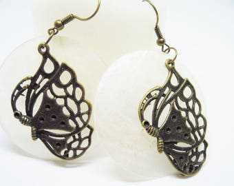 Earrings large white mother of Pearl sequins bronze Butterfly