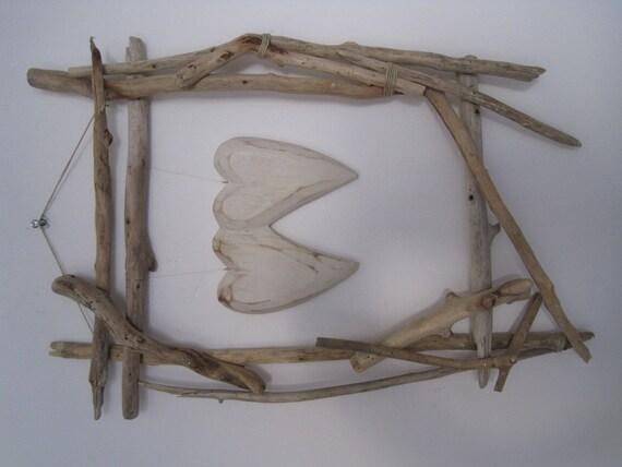 Tableau en bois flotté cadre coeur saint valentin zen
