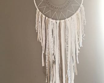 DreamCatcher Bohemian decoration, wedding jewelry vintage doilies