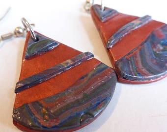 Ethnic earrings copper blue Brown rounded triangle