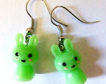 Earrings green kawai rabbits H1.5cmxL1cm
