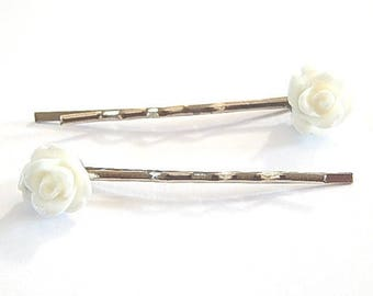 2 hair pins Bobby child or adult ° ° White Rose