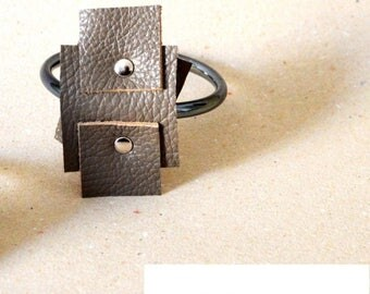 Glass and leather bracelet Lagos Design