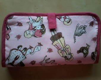 Pouch pink with two compartments