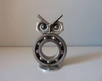 Sculpture en fer d'une chouette