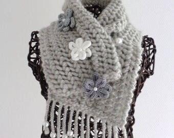 Gray wool scarf