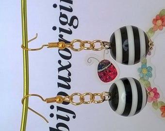 "Earrings black and white ""stripes""."
