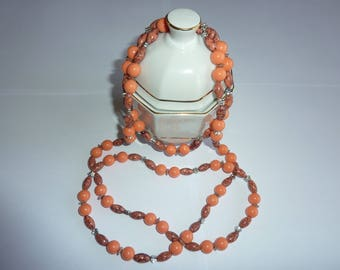 marbled beads necklace