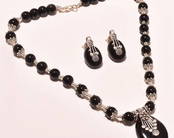 Mexican black onyx gemstone .925 Silver Necklace 17-18""