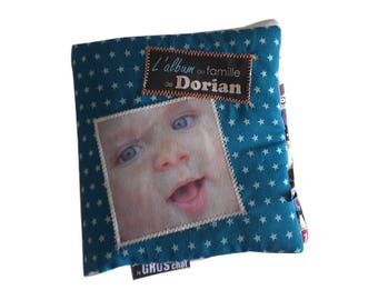 mOn livre doudou is a book in fabric with your photos. Send your photos write your texts choose your fabrics and I take care of everything