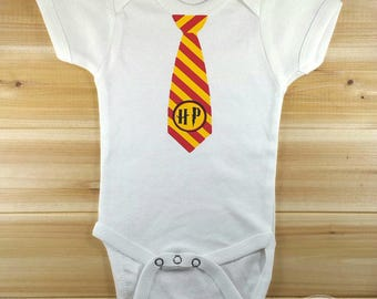 Harry Potter Baby Onesie - Gryffindor Onesie - Harry Potter Bodysuit - Gryffindor Bodysuit - Harry Potter Baby - Harry Potter Gryffindor