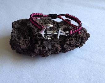 Anchor charm macrame friendship bracelet *.