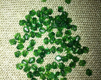 set of 40 beads bicone green faceted acrylic 5X4mm