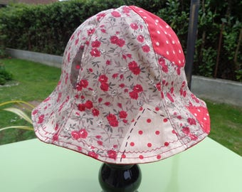 Sun Hat shape bob red cotton canvas and taupe