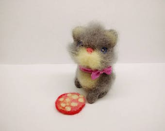 Needle Felted Cat Gray Felted Cat Wool Felted Animals Art Cat  Felting Toy gift Felt cat little cat felted toy wool miniature OOAK