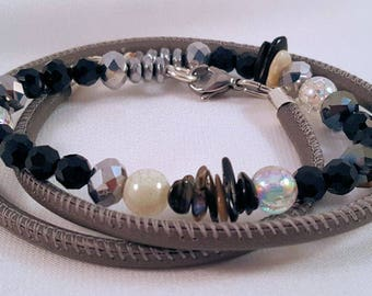 Beaded leather Wrap bracelet made of glass and facet beads Pearl splinter, hematite, stainless steel carabiner closure