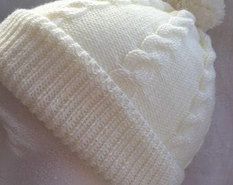 Pure Merino ladies hat with cables. Cream
